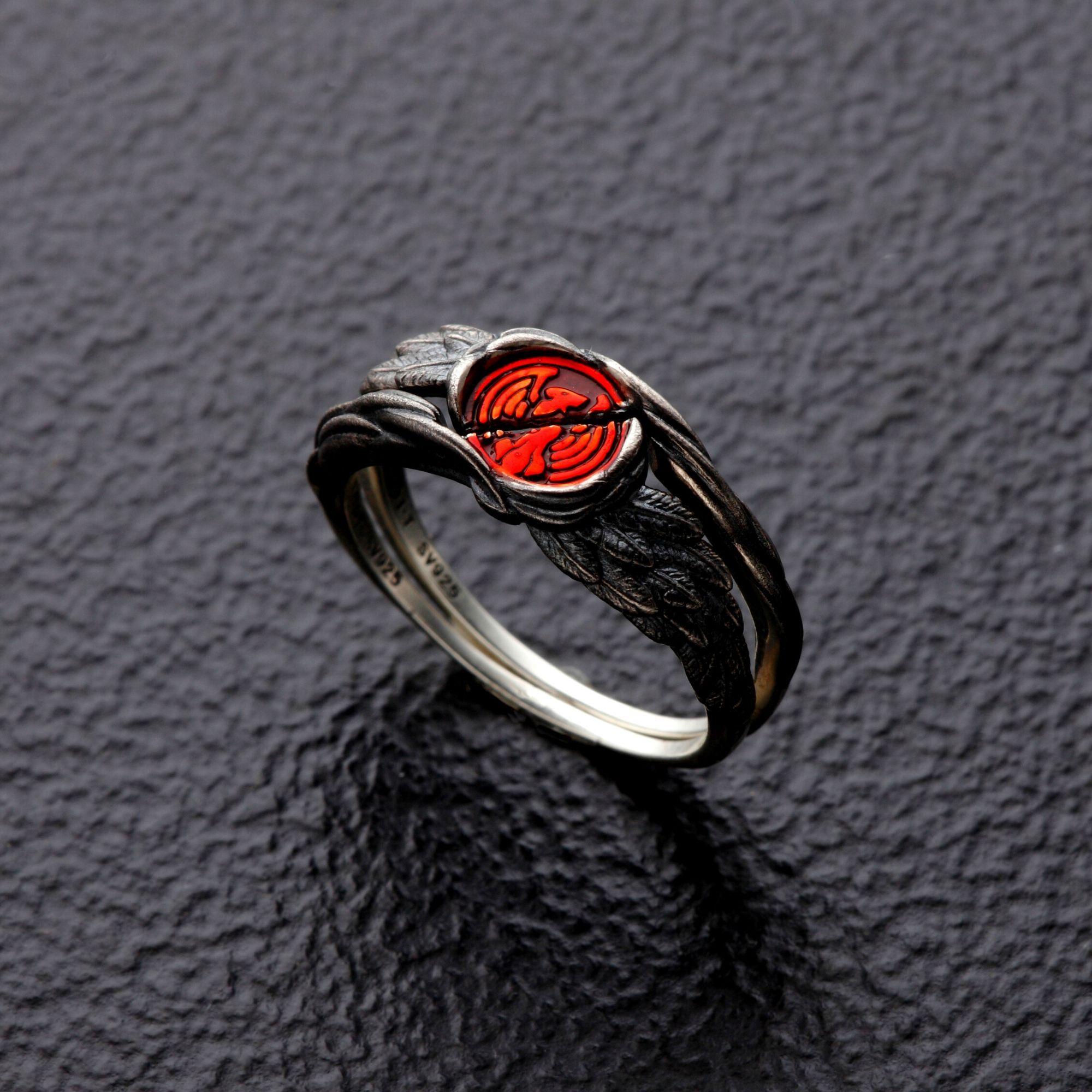 幪面超人OOO 碎開的鷹核心硬幣造型戒指