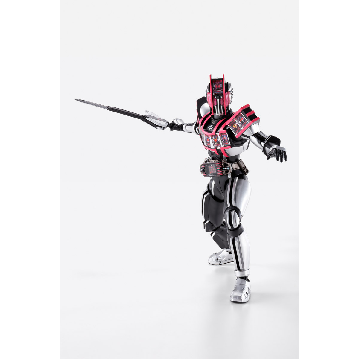 S.H.Figuarts MASKED RIDER DECADE COMPLETE FORM