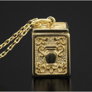 GOLD CLOTH BOX PENDANT AQUARIUS