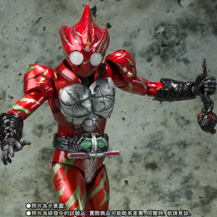 S.H.Figuarts KAMEN RIDER AMAZON ALFA (2nd Season Ver.)