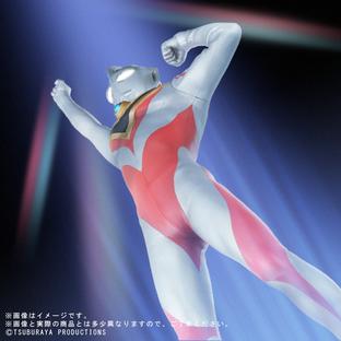 大怪獸系列 ULTRA NEW GENERATION 超人佳亞 V2 登場姿勢