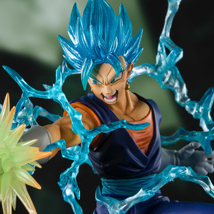 Figuarts ZERO SUPER SAIYAN GOD SUPER SAIYAN VEGITO-Event Exclusive Color Edition-