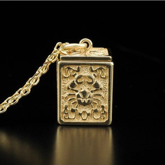 GOLD CLOTH BOX PENDANT CANCER
