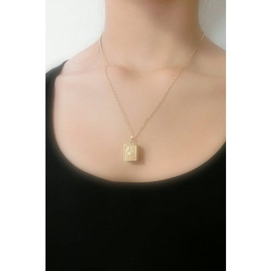 GOLD CLOTH BOX PENDANT CANCER
