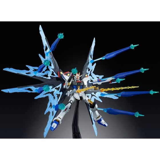 "HG 1/144 STRIKE FREEDOM GUNDAM ""WINGS OF LIGHT"" DX EDITION [2019年10月發送]"