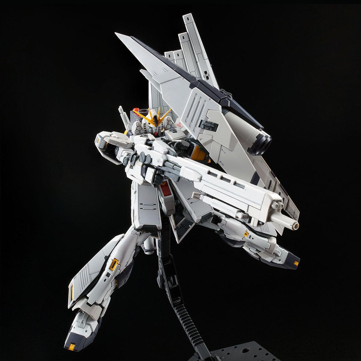 RG 1/144 ν GUNDAM HWS [2021年4月發送]