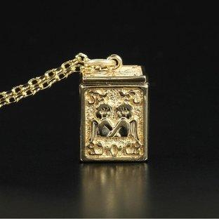 GOLD CLOTH BOX PENDANT GEMINI