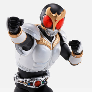 S.H.Figuarts (SHINKOCCHOUSEIHOU) MASKED RIDER KUUGA GROWING FORM