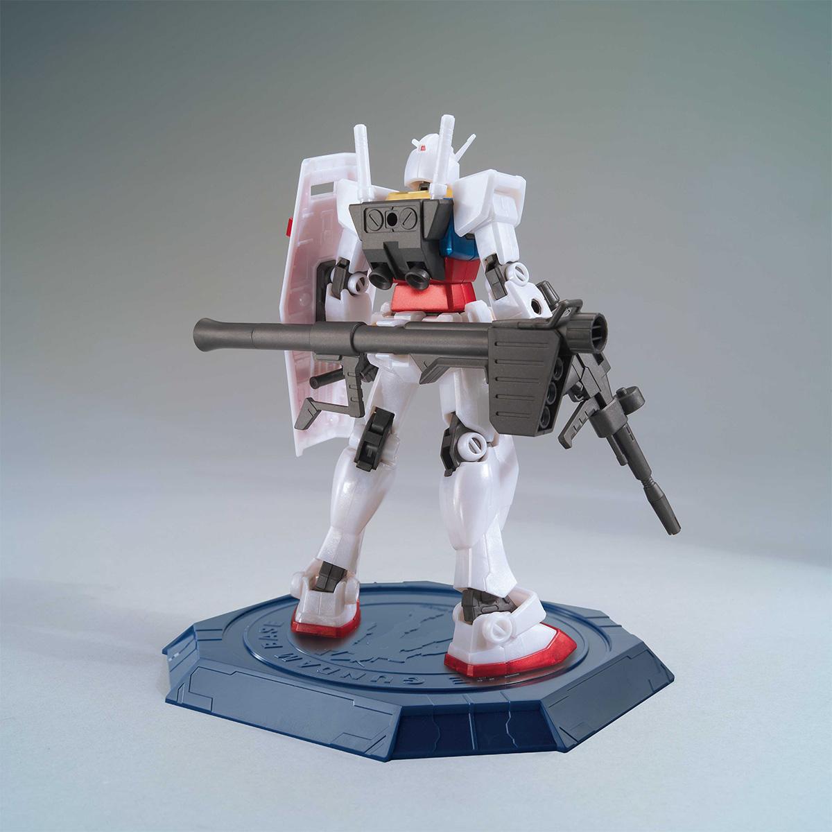 HG 1/144 THE GUNDAM BASE LIMITED RX-78-2 GUNDAM [METALLIC GLOSS INJECTION]
