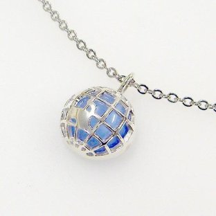 KAMEN RIDER W WIND SCALE Earth Pendant